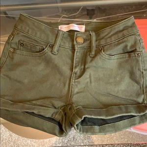 Super soft olive green shorts
